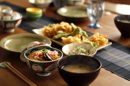 蒸し寿司、すり流し、かき揚げ